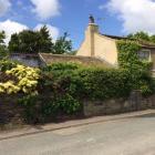 Ploughcroft-Cottage.JPG