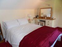 bedroom-doubleroom-red1.jpeg