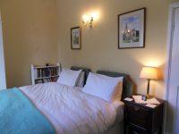 bedroom-kingsize1.jpeg