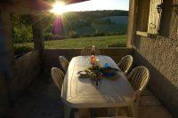 Les+Oisons+dining.jpg