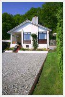cottage1.jpg