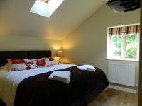 Bedroom-2-b-e1463864768509.jpg
