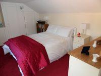 bedroom-doubleroom-red2.jpeg